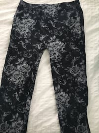 black and gray floral pants Miami, 33155