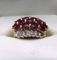 14k Yellow Gold Ruby Cluster Woman's Ring, size 6.