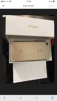 gold iPhone 7 with box 5884 km