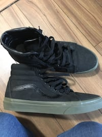Vans  high-top sneakers size 9 men's  CALGARY