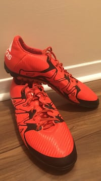 Adidas 15.3 great indoor soccer clear worn at least 5 times size 12us Toronto, M4S 1Y6