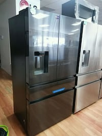 NEW SAMSUNG COUNTER BLACK STAINLESS FRENCH 4DOOR