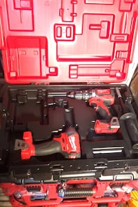 Milwaukee m18 hammer drill/driver and impact driver