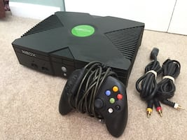 Xbox original console with controller