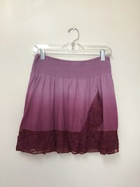 Women FREE PEOPLE 100% cotton lined embroidered trim w/ lace Purple tie-dye Large