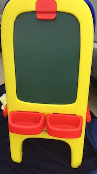 children's yellow and red plastic easel board Chantilly, 20151