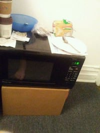 black and white microwave oven null