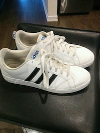 Mens leather Adidas size 11 500 km