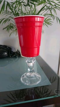 Solo cup wine glass