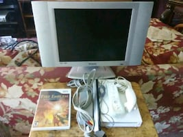 Wii bundle with Polaroid 15 inch LCD TV