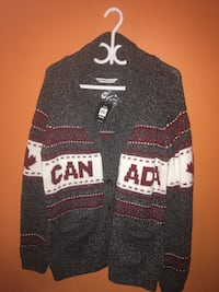 Canada sweater brand new with tags size XL, woman's