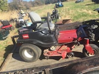 Zero Turn lawnmower 547 mi