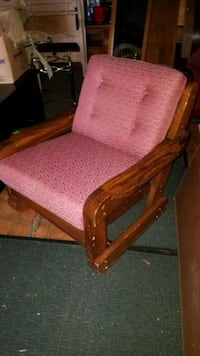 THIS END UP WOODEN CHAIR W/ CUSHION