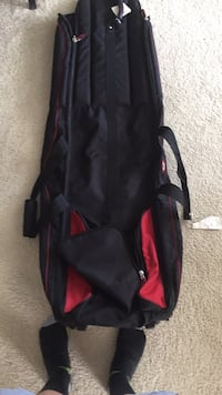 black and red golf bag Brookhaven, 30319