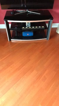 black and gray TV stand Mount Prospect, 60056