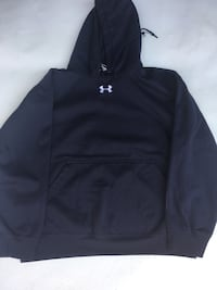 black Under Armour pullover hoodie Toronto, M6B 2E9