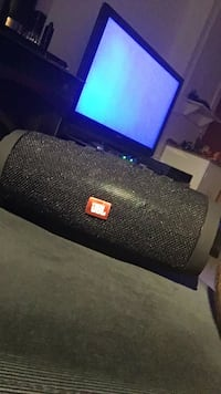 JBL Charge 2 Mississauga, L5N 1T8