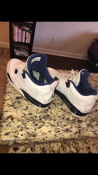 Jordan Columbia 4s Size 10.5 College Station, 77840