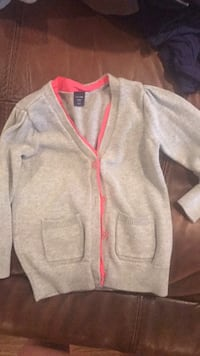 gray and pink sweater Proctorville, 45669