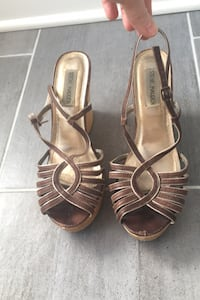 8-8.5 brown and gold Steve Madden sandals Shoes