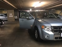 Ford - Escape -hybrid - 2008 New Westminster