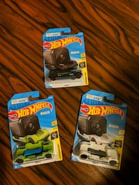 New go pro hotwheels set Cambridge, N1T 1Y5