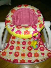 Babygirl chair  Brooklyn, 11203