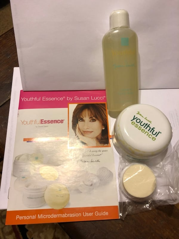 Youthful Essence Set by Susan Lucci e2f72139-d33a-40f0-ac85-e785811f8347