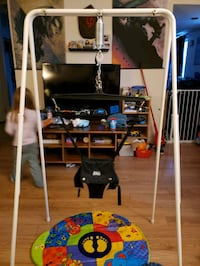 Jollyjumper with stand and musical mat
