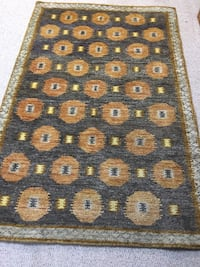 4'x6' Area rug from Crate & Barrel