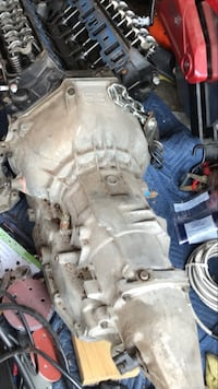 1995 mustang automatic transmission  Bergenfield, 07621