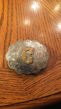 silver and hold c emboss belt buckle 2283 mi