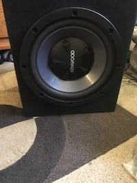 """12"""" sub woofer box ready to play excellent sound. KENWOOD 12 """" for your car, I paid 300$ like new hardly used it Long Beach, 90805"""