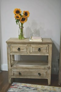 Accent home table