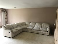 Elegant and comfy sectional couch Antioch, 60002