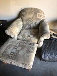 Free chair with ottoman