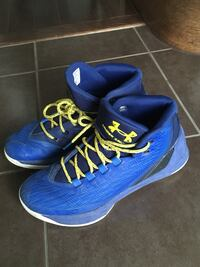 Stephen Curry's size 7 Brampton, L6Z 4V6