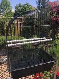 Small bird cage Vaughan, L4H 1J6