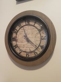 Vintage traditional wall decor clock  Toronto, M6A
