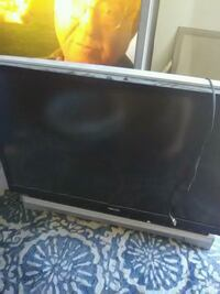 black flat screen TV with remote Tucson, 85712