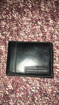 black Tommy Hilfiger leather bifold wallet Owings Mills, 21117