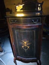Tall curio with drawer/mirror Plum, 15068
