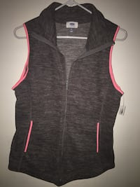 Woman's Old Navy fleece vest