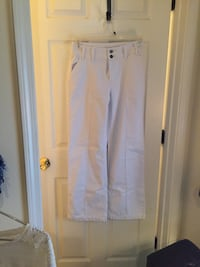 Brand new with tags ($49.90) white DV trouser jean