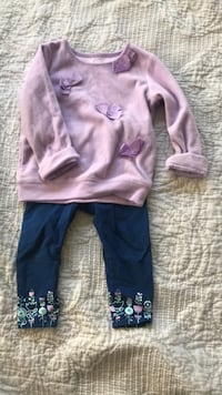 leggings and sweater outfit size 12 M 437 mi