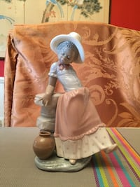 "Lladro Figurines Black Legacy Collection - ""A Step in Time"" #5158 Chevy Chase, 20815"