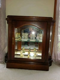 Jasper Curio Cabinet. West Chicago, 60185