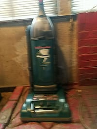 Self-propelled WindTunnel Hoover vacuum cleaner Akron, 44311