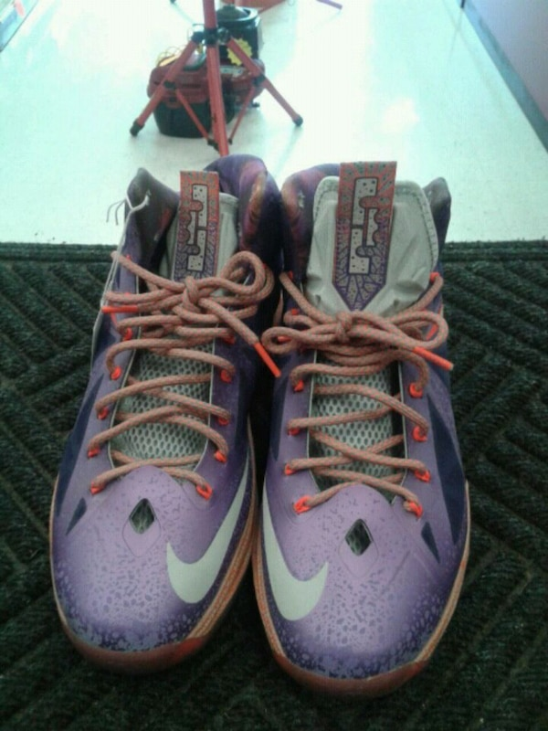 new product 27a5a 5cbee Nike LeBron James X10 All Stars Laser Purple Shoes