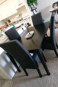 Dining table and chairs  Waterloo, N2L 6R4